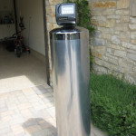 Irvine water filter with chloramine removal media inside it